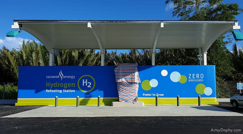 Sarawak Energy hydrogen fuel cell refuelling station wall painted by Artsy Daphy