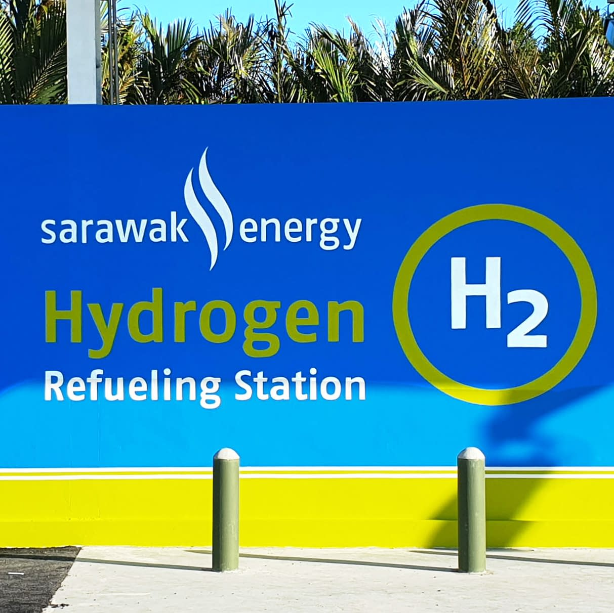 hydrogen fuel cell refuelling station wall painting at Sarawak Energy